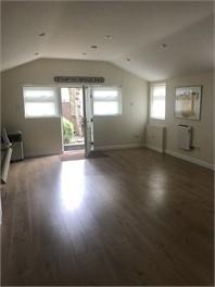 Large studio annex - Buckinghamshire