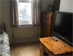 Clean and comfy room for rent - Edmonton, London