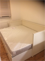 Spacious double room in the heart of Brixton