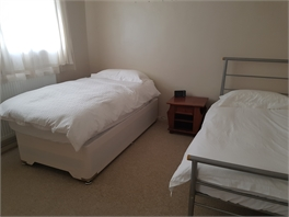 Double room for rent in Raynes Park
