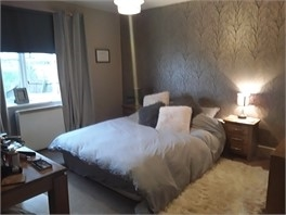 Nice big room - Shropshire