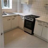 One bedroom Ground Floor Maisonette With Private Garden - Bromley