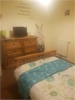 Spacious and bright room in Alperton
