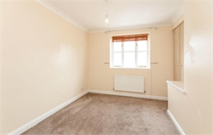 Double room in two bedroom house