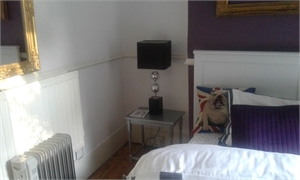 Beautiful double room Monday - Friday