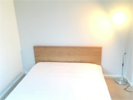 Cozy house within walking distance Luton Airport