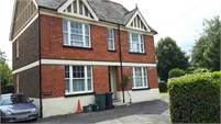 Large Room to Rent in Horley