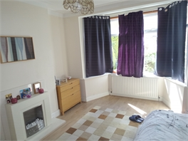 High Standard Accomodation-Double room for one woman between Plumstead and Abbey Wood, Greenwich