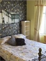 Large double room with king size bed