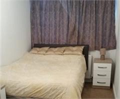 One double bedroom with en suite to rent - Oldbury, West Midlands