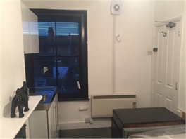 SMALL STUDIO ROOM WITH KICHENETTE FOR RENT - WATFORD, HERTFORDSHIRE