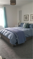 Spacious double room to rent - Kent